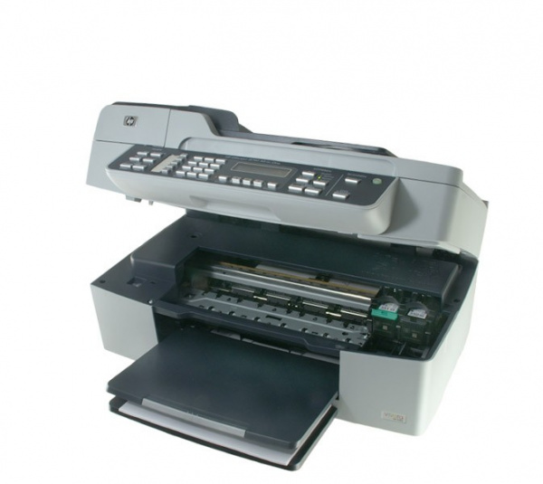 HP Officejet J5780: Easy to open, exchange of cartridges not difficult.