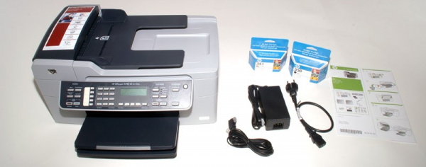 HP Officejet J5780 AIO: Cartridges, installation instructions, driver-CD, TAE-cable, mains-adapter with cable.