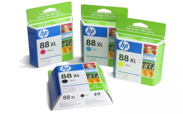 HP cartridges No. 88: All four ink tanks for 83 Euros.