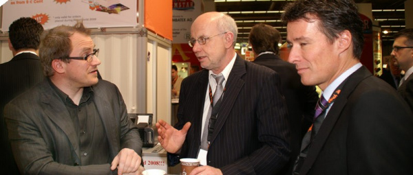 DC with Peach: CEO Alfred Wirch (middle) and Richard Keller, Product Development Manager (right).