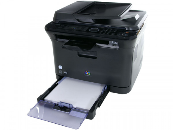 Samsung CLX-3175FW: Paper tray for 150 sheets. No second tray available as an upgrade.