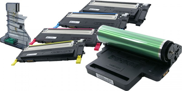 Consumables in Samsungs AIO: If you decide for Samsungs allrounder, four ink cartridges, imaging drum, and waste toner container have to be exchanged.