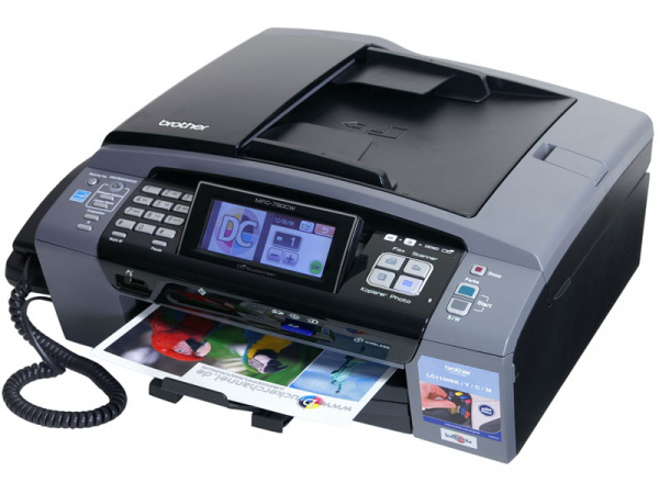 Brother MFC-790CW: Well-equipped with big touchscreen.